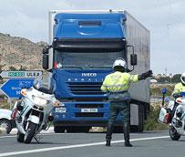 El exceso de velocidad e irregularidades en tacógrafo son las infracciones más cometidas por conductores de furgonetas y camiones