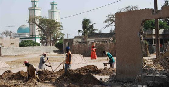 A través del proyecto 'Un libro para Senegal' se construirá una biblioteca pública en Palmarin con libros educativos.