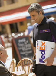 FedEx Corp. proporciona soluciones de transporte, comercio electrónico y servicios a empresas.