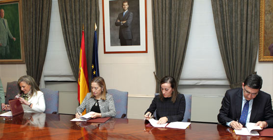 Fomento, Hacienda y laXunta firman un convenio para relanzar la PLISAN, se invertirán 36 millones de euros