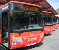Bilbobus incorpora cinco nuevos autobuses a su flota con cargadores para dispositivos móviles como novedad