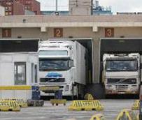 Feteita-Oltra se reunió con la Dirección General de Tributos y el Departamento de Aduanas e II.EE.