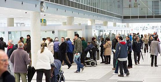 Más de 300 personas han accedido a la estación de autobuses de Vitoria-Gasteiz en la jornada de puertas abiertas