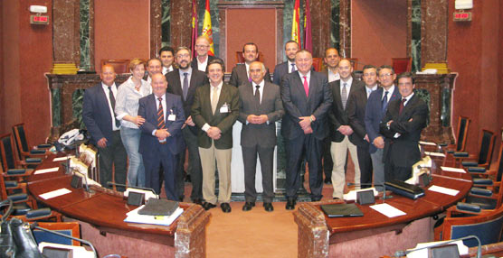 La Asamblea Regional murciana aprueba la norma por la que se instaura el sistema competencial urbano e interurbano