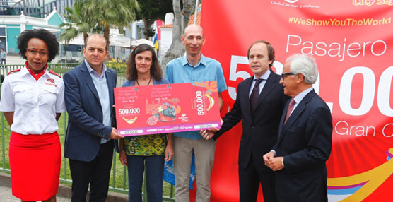 La Guagua Turística de Las Palmas de Gran Canaria celebra su usuario número 500.000