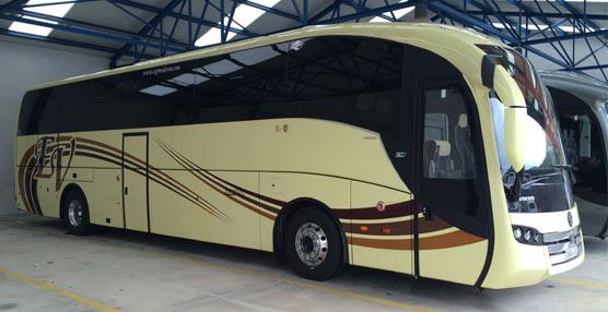 La empresa pontevedresa de transporte de viajerospor carretera Exprés de Vea estrena un Volvo B11R Euro 6