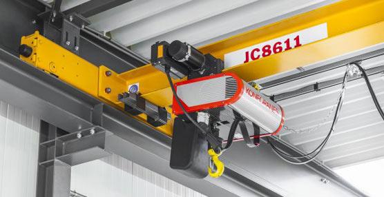 Konecranes crea una grúa de polipasto de cadena CLX, que posee precisión, velocidad, facilidad de uso y seguridad