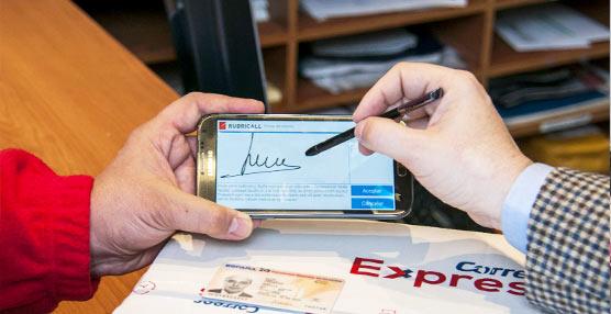 Correos Express incorpora, para comodidad de sus clientes, la Firma Digital Avanzada (FDA) a sus entregas
