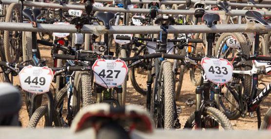 SEUR se une al desafio Titan Desert by GARMIN siendo el proveedor oficial de esta carrera de MTB