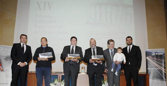 Asetra celebra el Galardón Empresarial del Transporte que reconoce a Titirimundi y a Autocares Saiz Garrido