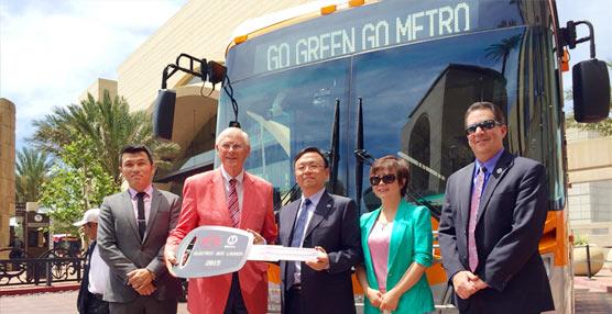 La Autoridad Metropolitana de Transporte de Los Ángeles recibe sus primeros autobuses eléctricos de cero emisiones