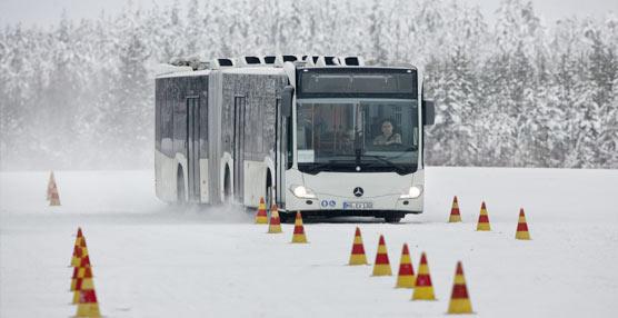 Las pruebas de  los autobuses y autocares Mercedes-Benz y Setra en el Círculo Polar son superadas con nota