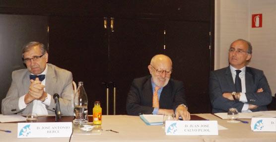 Dos expertos desgranan algunas de las problemáticas del Sector en la Asamblea General de Fenebús