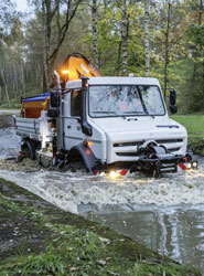 El Unimog U 5023 de Mercedes Benz tiene una capacidad de vadeo de hasta 1,2 m.