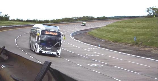 Un autobús urbano en Reino Unido que funciona con heces de vaca alcanza un nuevo récord de velocidad