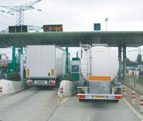 Fenadismer reclama que Fomento 'sigue sin definir el Plan alternativo para fomentar el desvío de camiones a las autopistas de peaje'
