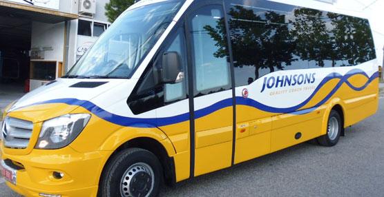 Car-bus.net hace entrega de una unidad Spica a traves de EVM Direct Ltd a la empresa Jonhson Coaches de Inglaterra