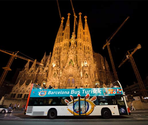 El Barcelona Bus Turístic de Noche ha comenzado la novena temporada