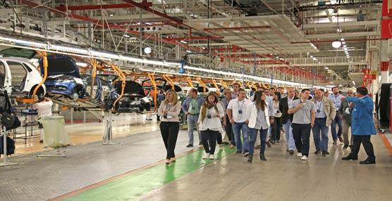 Volkswagen reune en Navarra a sus principales clientes de flotas y renting, visitaron la fábrica de la marca