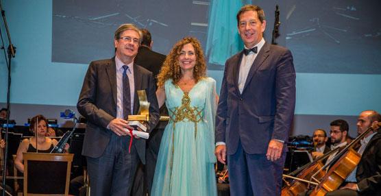 DHL y su Contact Center reciben los VI Platinum ContactCenter Awards por su servicio al cliente en transporte