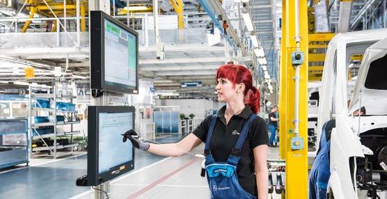 Producción inteligente en la planta de Ludwingsfelde de Mercedes-Benz centrada en las nuevas tecnologías