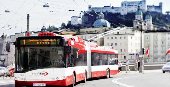 La unidad número 1.000 del trolebús Solaris Trollino llega a las calles, en la ciudad austríaca de Salzburgo