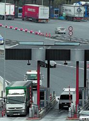 Fenadismer planteará un frente común del transporte contra el posible peaje a camiones en Guipúzcoa