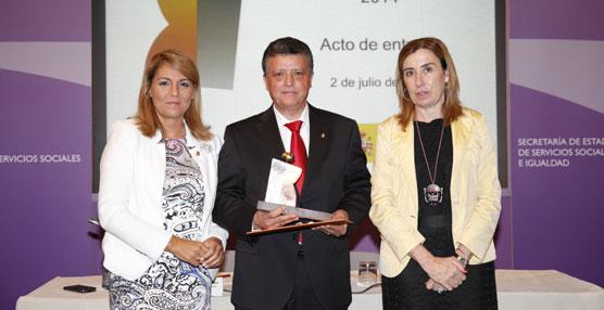 El Ministerio de Sanidad concede a Mercedes-Benz España el distintivo de 'Igualdad en la Empresa'