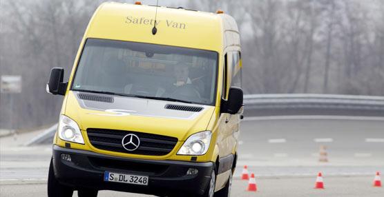 Mercedes-Benz prueba la seguridad de sus furgonetas para asegurar su calidad en todas las circunstancias