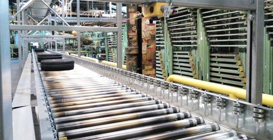 Dematic instala en una fábrica de Bridgestone un sistema de transporte para el almacenaje de neumáticos
