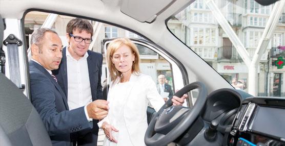 Nissan toma la decisión de ceder dos furgonetas 100% eléctricas e-NV200 al Ayuntamiento de Vitoria-Gasteiz