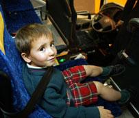 El cinturón de seguridad infantil no será exigible en aquellos vehículos que no lo traigan instalado