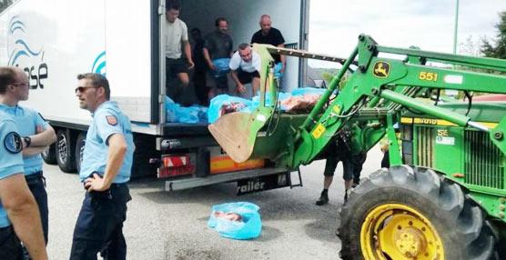 Fegatramer denuncia el acoso y derribo a los transportistas y productos españoles en Europa