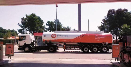 Galp Energía renueva su imagen corporativa en sus vehículos cisterna