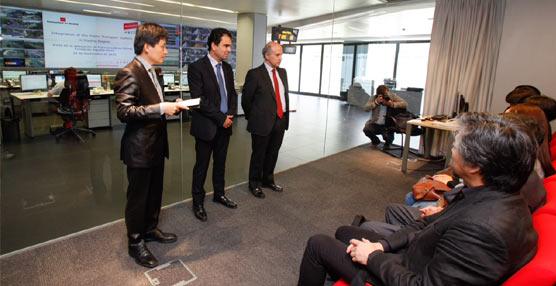 Una delegación china de expertos en movilidad sostenible visita el CITRAM para conocer su funcionamiento