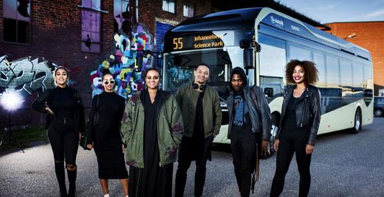 Volvo promueve rutas a bordo de un autobús eléctrico con conciertos sorpresa de diferentes artistas
