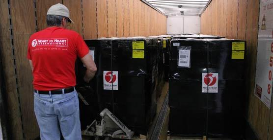FedEx entregará suministros de emergencia y ayuda médica para los reugiados.