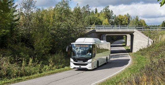 Scania presenta en la feria de Busworld su nuevo autobús suburbano e interubano Interlink