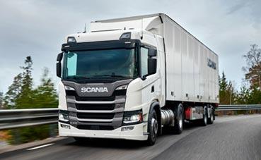 El fabricante sueco Scania visita la sede de Primafrio en Murcia