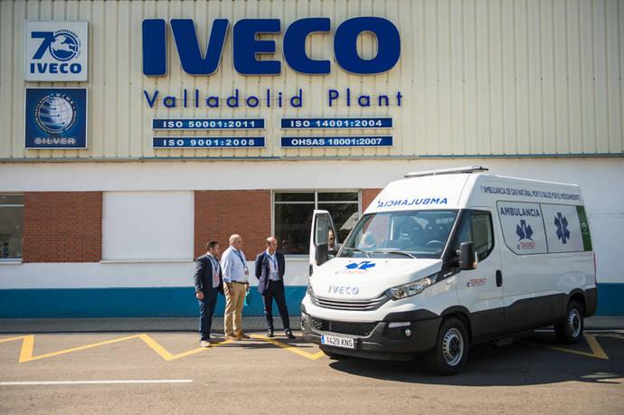 Iveco entrega la primera ambulancia de gas en Europa