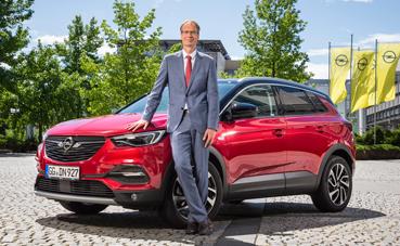 Opel renovará su gama con el Vivaro en 2019