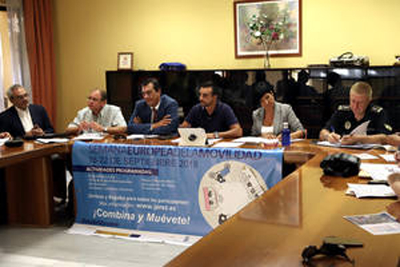 En la Mesa de Movilidad de Jerez de la Frontera se informa de las novedades en las líneas de autobuses a los institutos