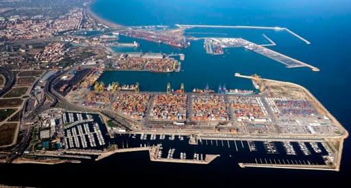 Al alza la actividad portuaria de contenedores