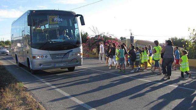 Castilla-La Mancha destina 650.000 euros a ayudas al transporte escolar para centros concertados de Educación Especial