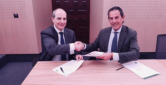 La Junta andaluza firma un acuerdo con el Centro Español de Logística
