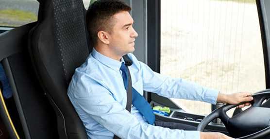 Confebus estudia las relaciones laborales en el transporte en autobús en España