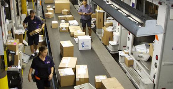 La paquetería aumenta un 50% en los envíos de 'e-commerce'