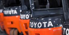 Toyota lidera la intralogística e integra soluciones de automatización