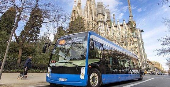 Barcelona refuerza el transporte público tras activar la Zona de Bajas Emisiones