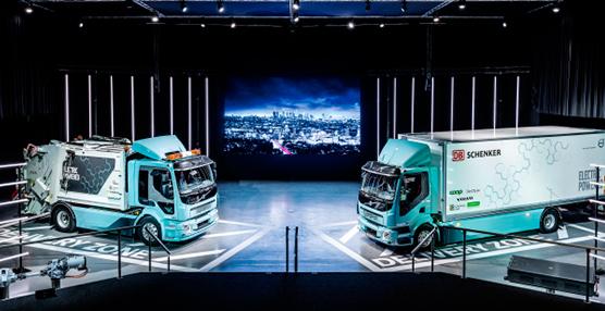 Volvo Trucks entrega a sus clientes los primeros camiones eléctricos